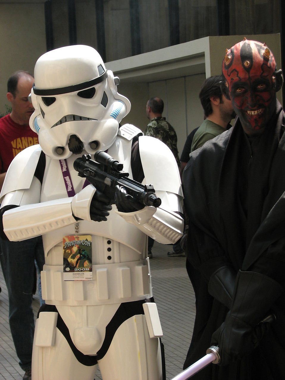 Stormtrooper and Darth Maul costume at Dragoncon 2008 : Free Stock Photo
