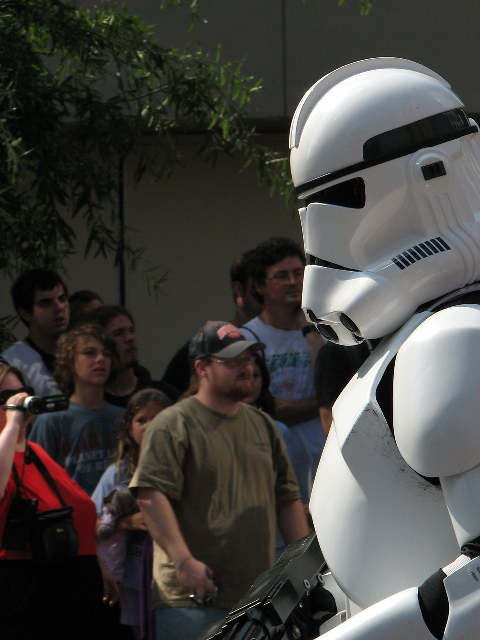 A Stormtrooper in the 2008 Dragoncon parade : Free Stock Photo