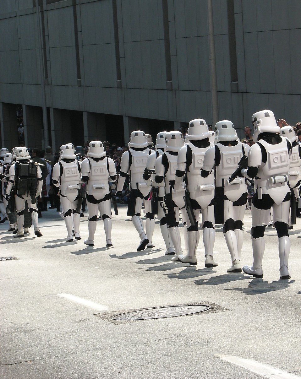 Row of Stormtroopers marching in the 2008 Dragoncon parade : Free Stock Photo