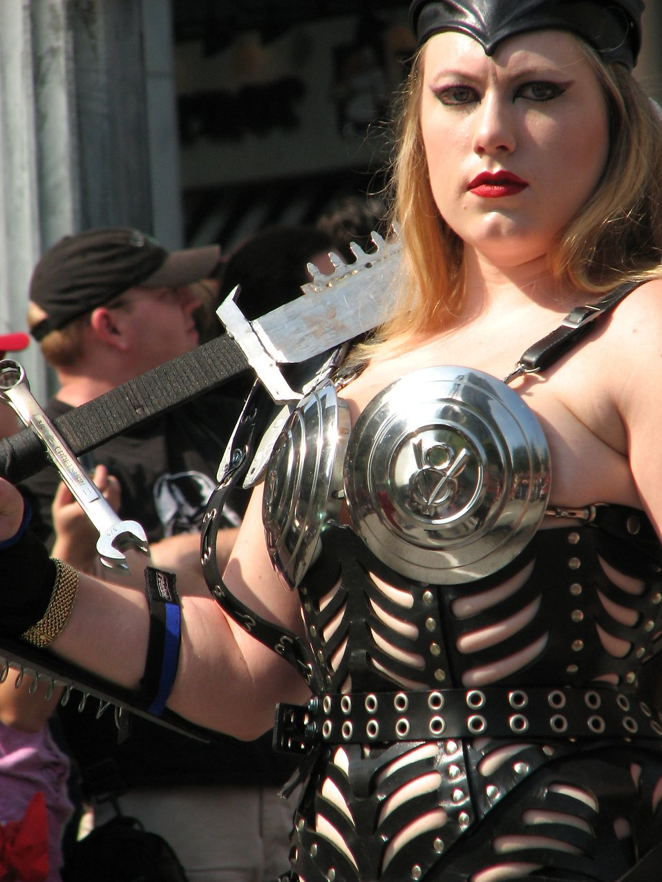 Tall blonde in barbarian costume in 2008 Dragoncon parade : Free Stock Photo