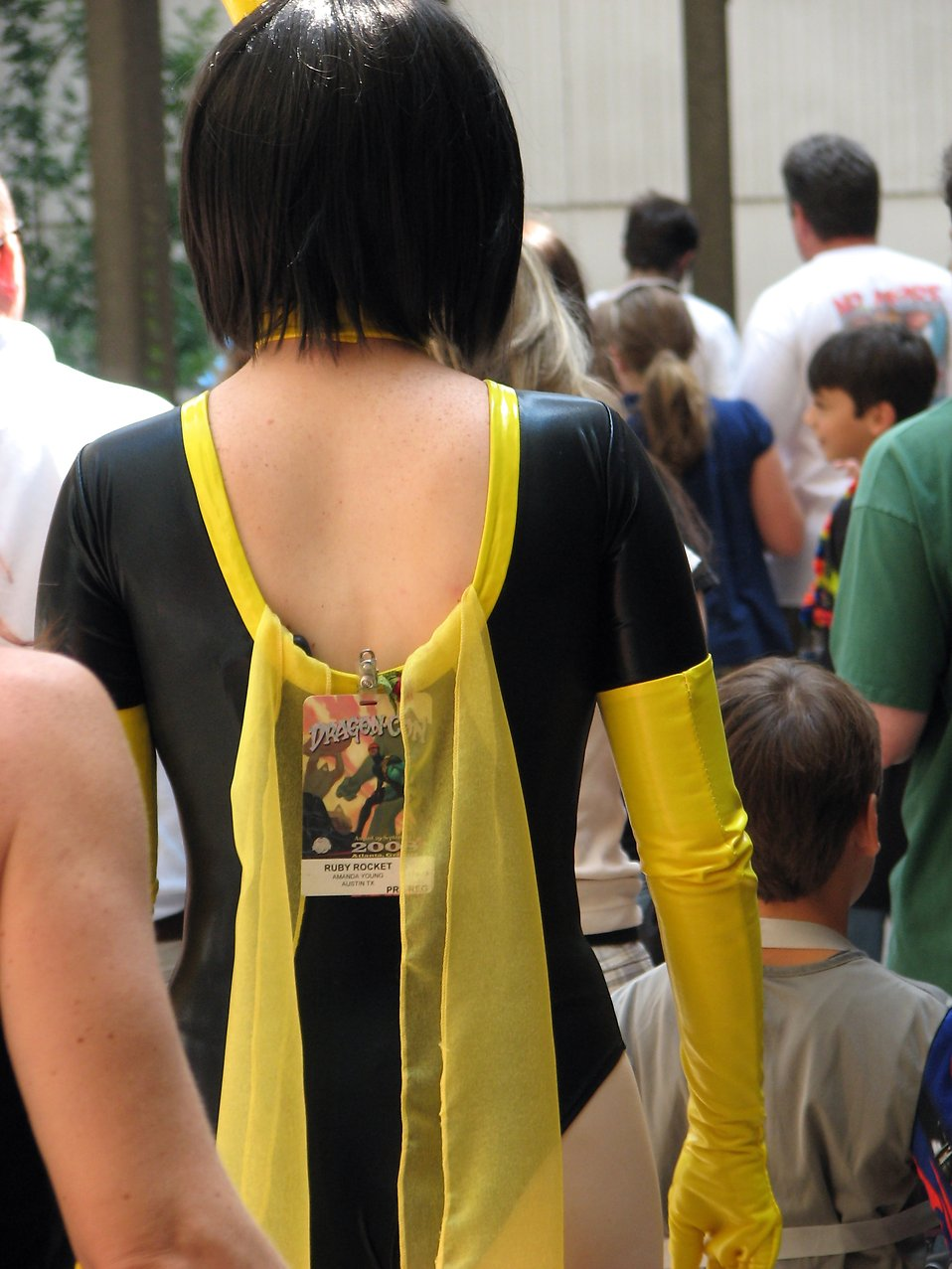 Back of beautiful girl in a costume at Dragoncon 2008 : Free Stock Photo