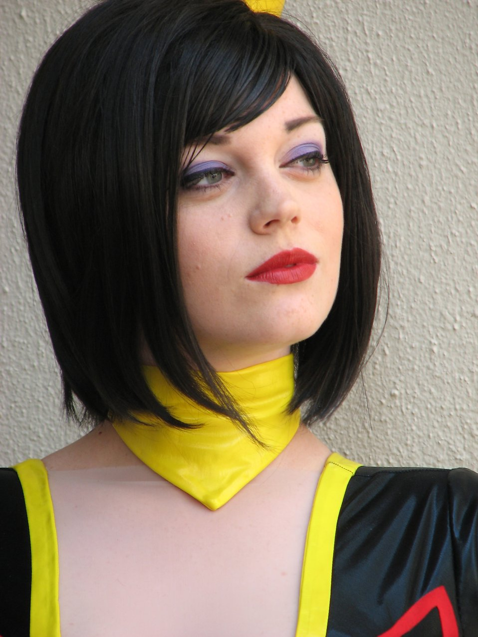 Closeup portrait of beautiful girl in costume at Dragoncon 2008 : Free Stock Photo