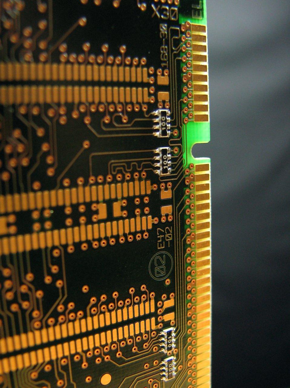 Closeup of a computer memory card : Free Stock Photo
