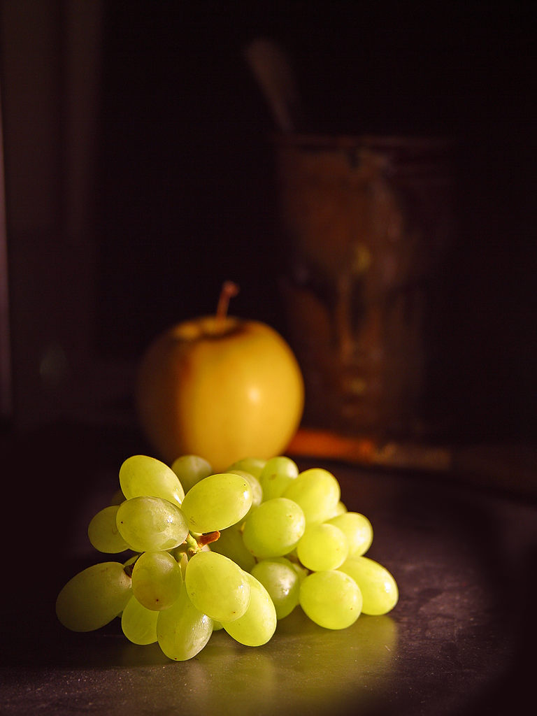 Close up of green grapes and other fruit : Free Stock Photo