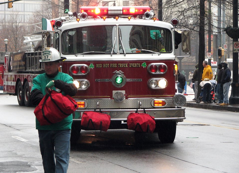 A firetruck in the 2009 Atlanta Saint Patricks Day Parade : Free Stock Photo