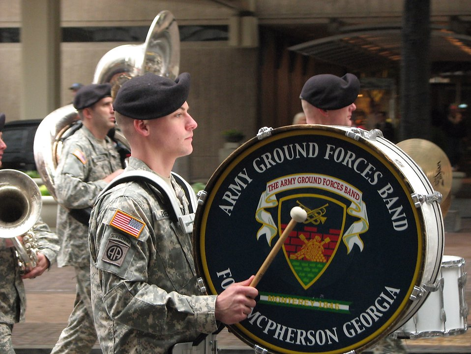 A drummer in the Army Ground Forces Band in the 2009 Atlanta Saint Patricks Day Parade : Free Stock Photo