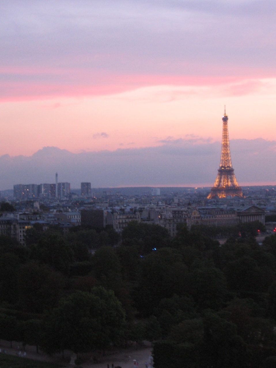 The Eiffel Tower at sunset : Free Stock Photo