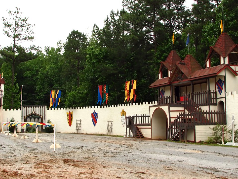 An empty jousting arena at the 2009 Georgia Renaissance Festival : Free Stock Photo
