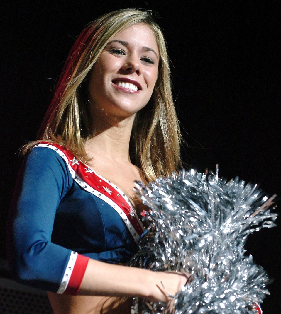 New England Patriots cheerleader Amber van Eeghen : Free Stock Photo