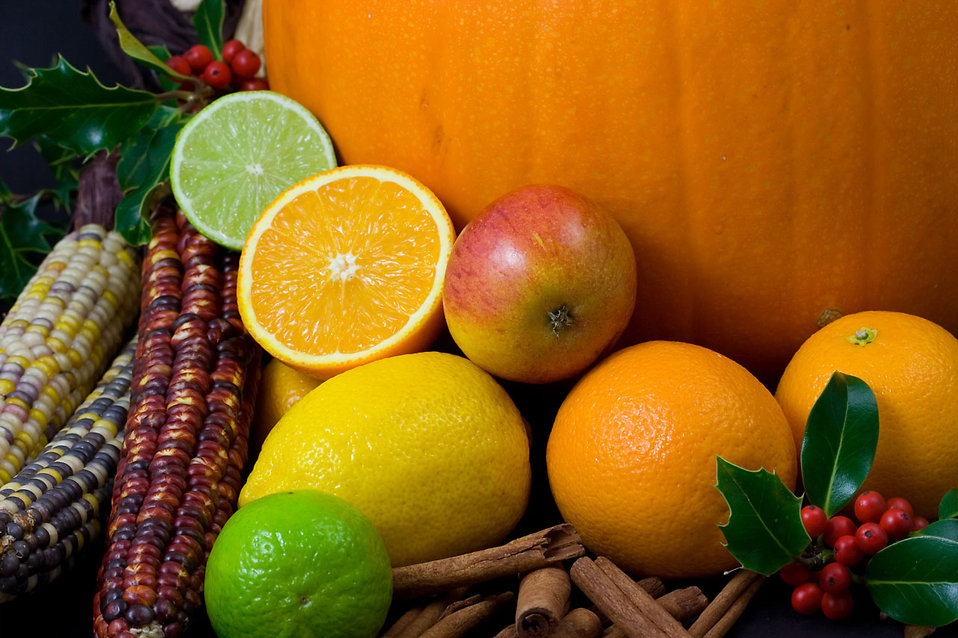 Close-up of mixed fruits and vegetables : Free Stock Photo