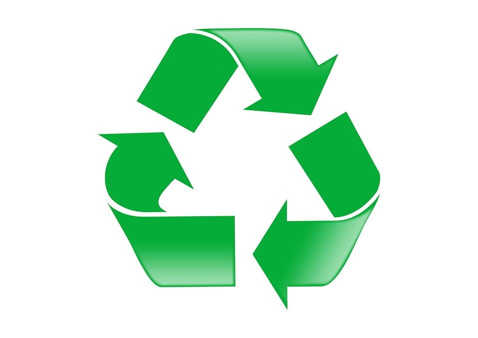 A green recycle symbol on a white background : Free Stock Photo