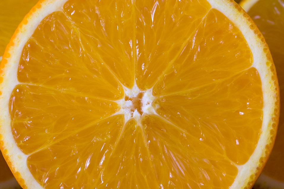 Close-up of a sliced orange : Free Stock Photo