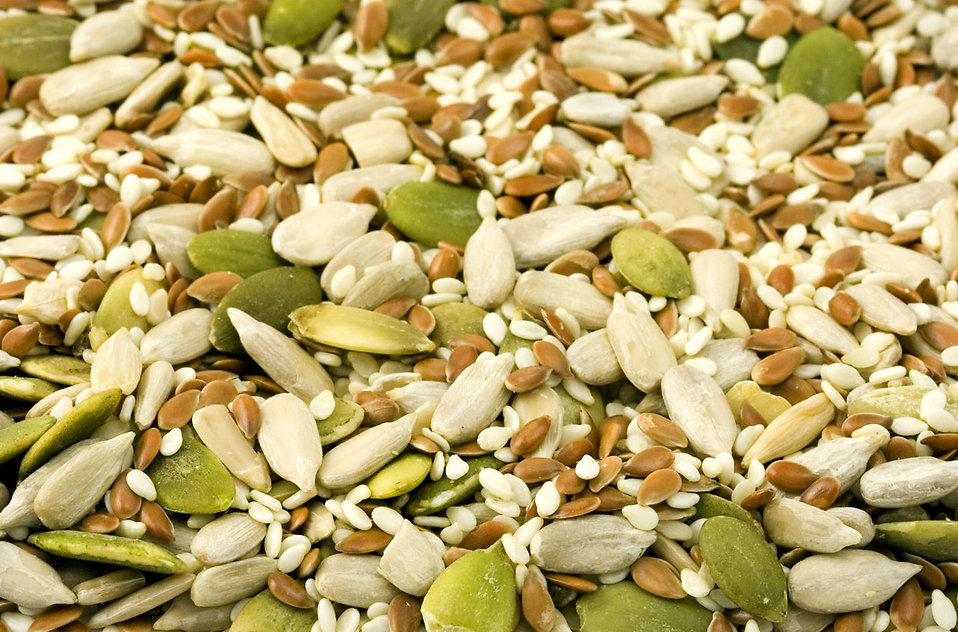 Close-up of a pile of seeds : Free Stock Photo