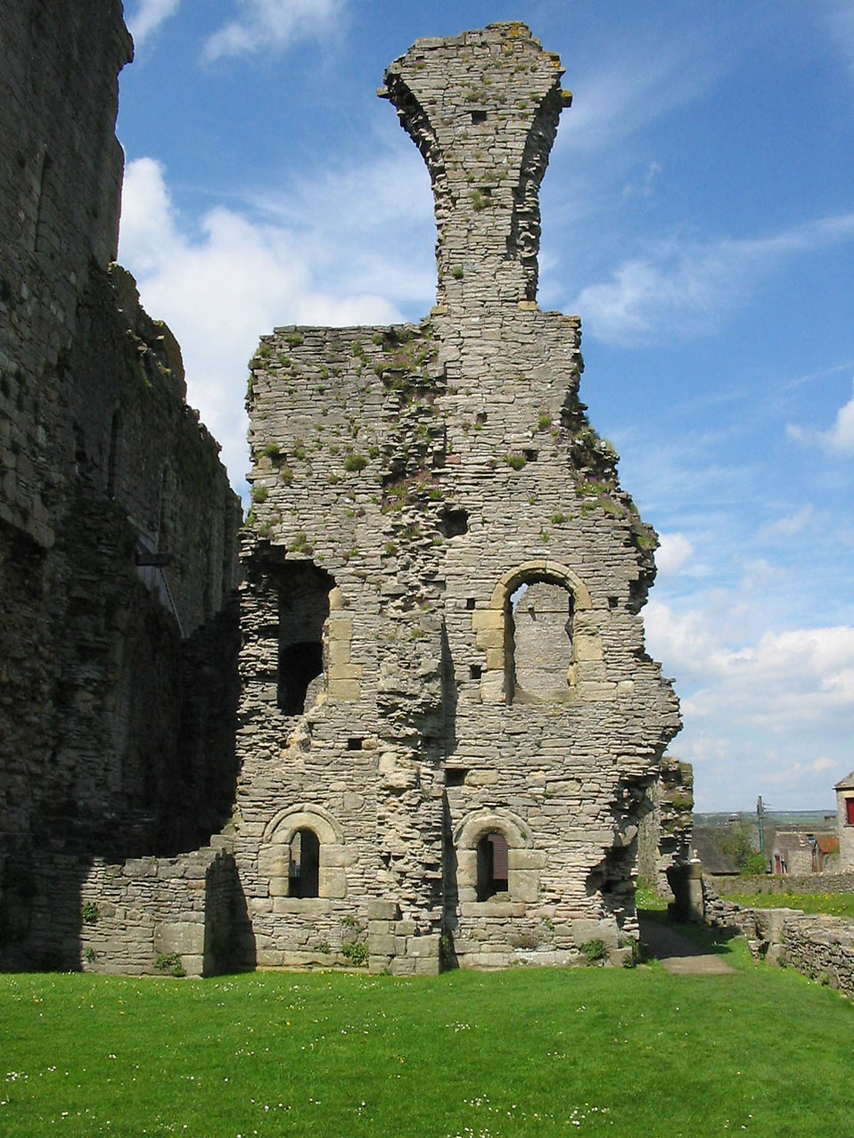 Ruins of Richmond castle : Free Stock Photo