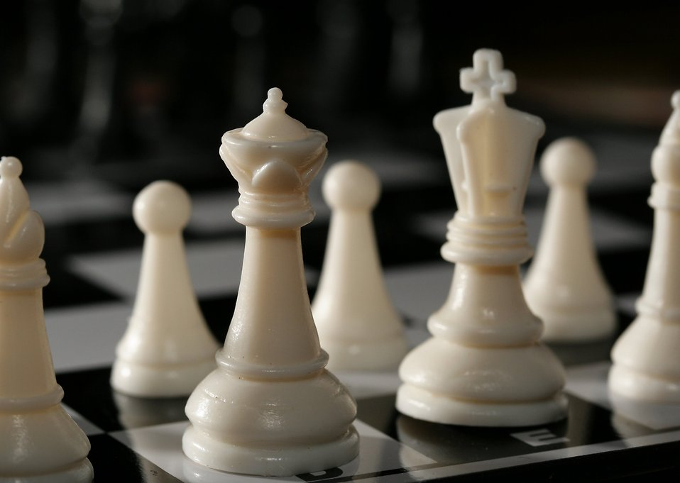 Close-up of a white chess set : Free Stock Photo