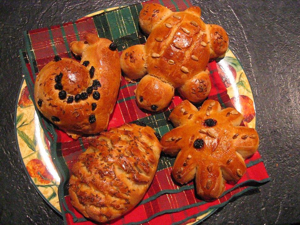 Animal shaped pastries : Free Stock Photo