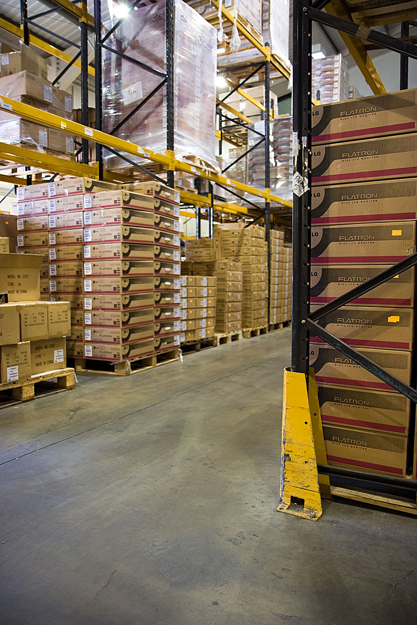 Racks inside a warehouse : Free Stock Photo