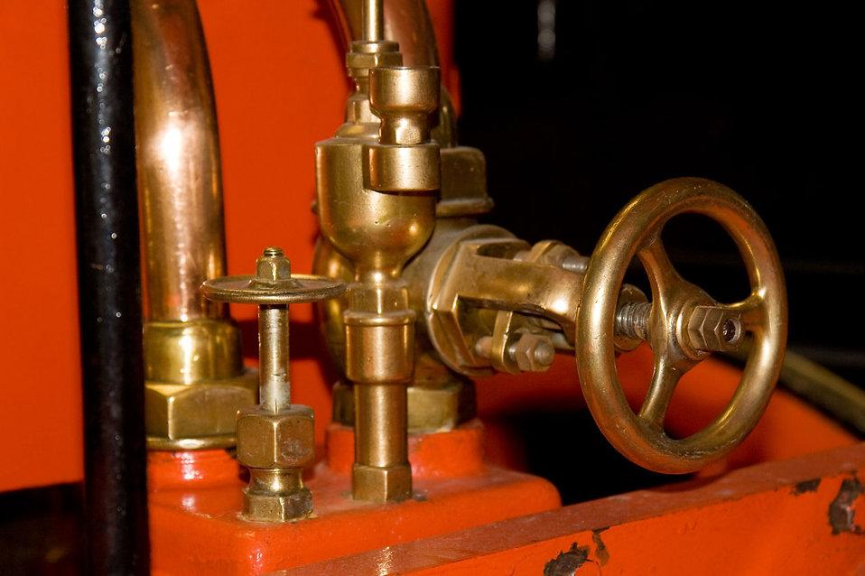 A brass valve : Free Stock Photo