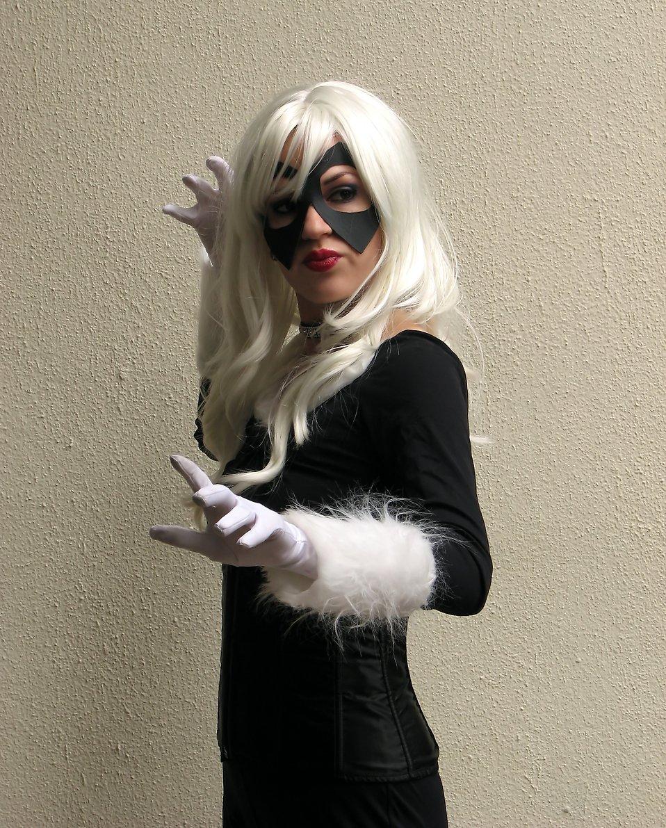A beautiful girl in a Black Cat costume at Dragoncon 2009 in Atlanta, Georgia : Free Stock Photo