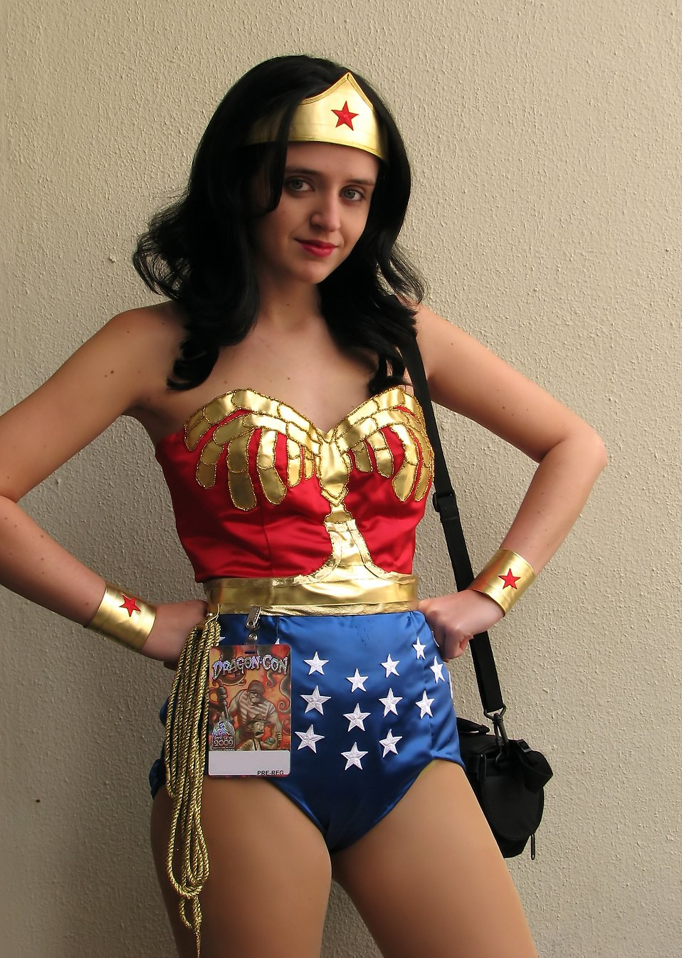 A beautiful girl in a Wonder Woman costume at Dragoncon 2009 in Atlanta, Georgia : Free Stock Photo