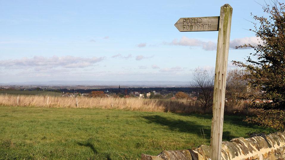 A public footpath landscape : Free Stock Photo