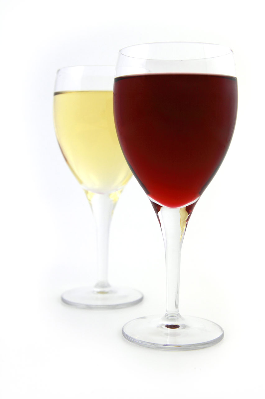 Glasses of red and white wine isolated on a white background : Free Stock Photo