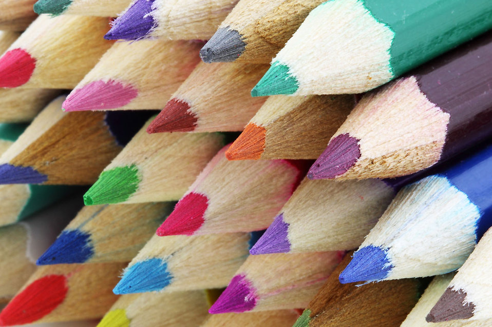 Close-up of colored pencil points : Free Stock Photo
