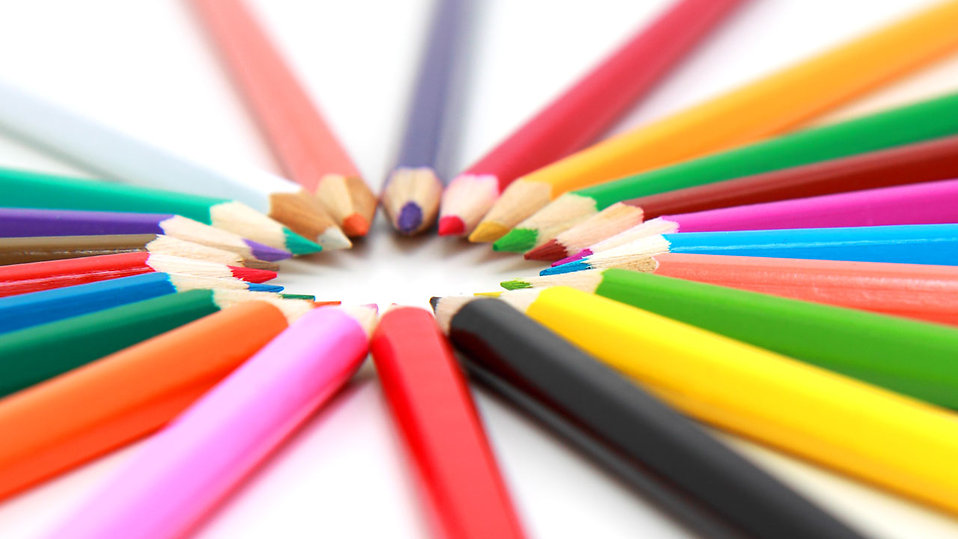 Colored pencils in a circle isolated on a white background : Free Stock Photo