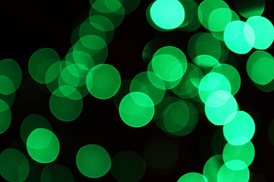 Blurred green lights : Free Stock Photo