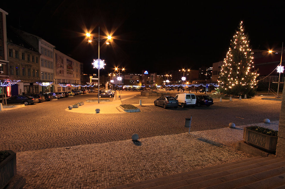 A snow covered town square at Christmas time : Free Stock Photo