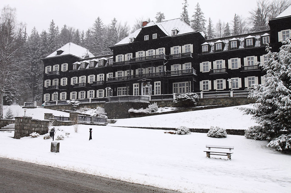 A snow covered winter hotel : Free Stock Photo