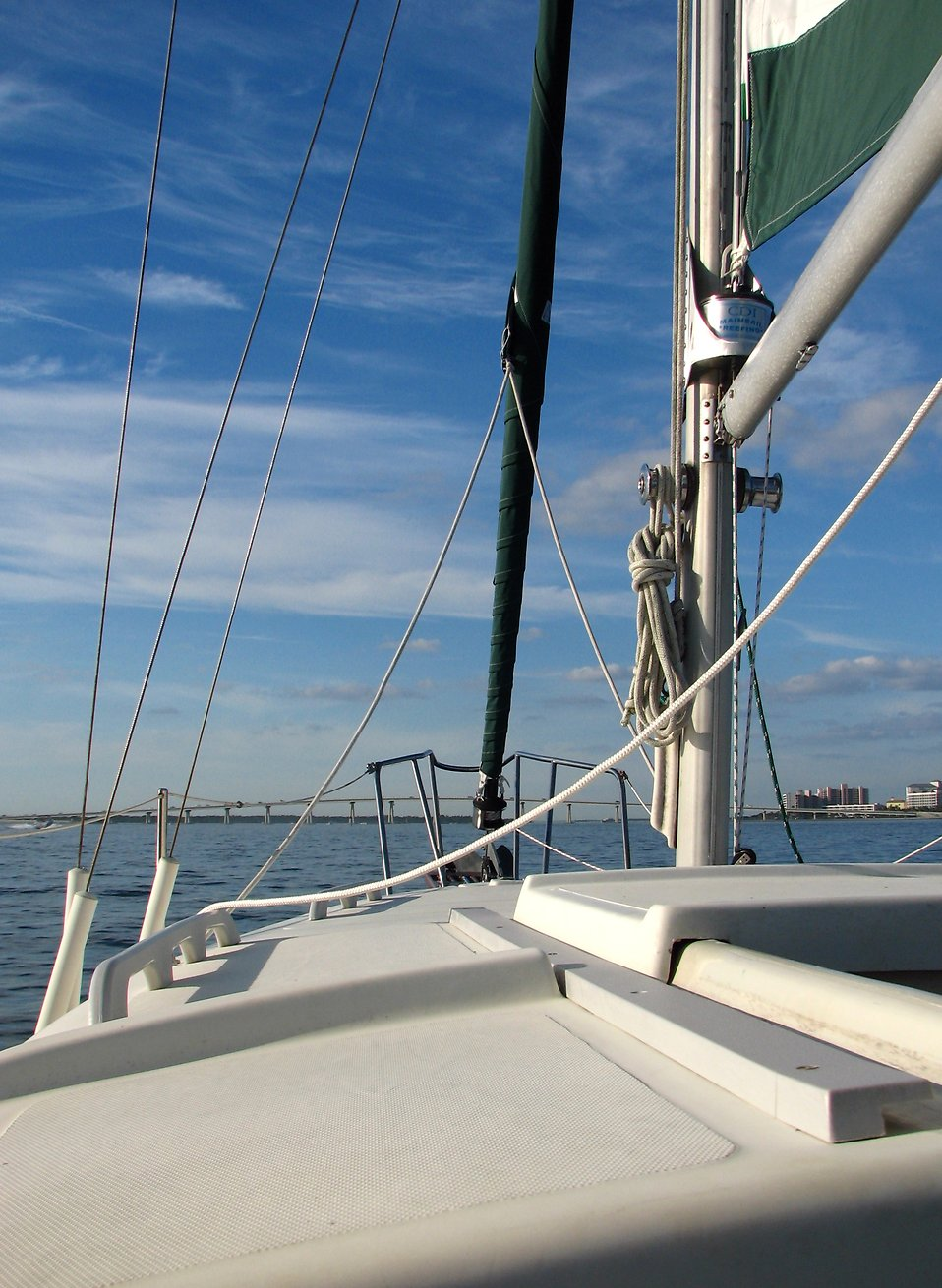 View of the sea from the deck of a sailboat : Free Stock Photo